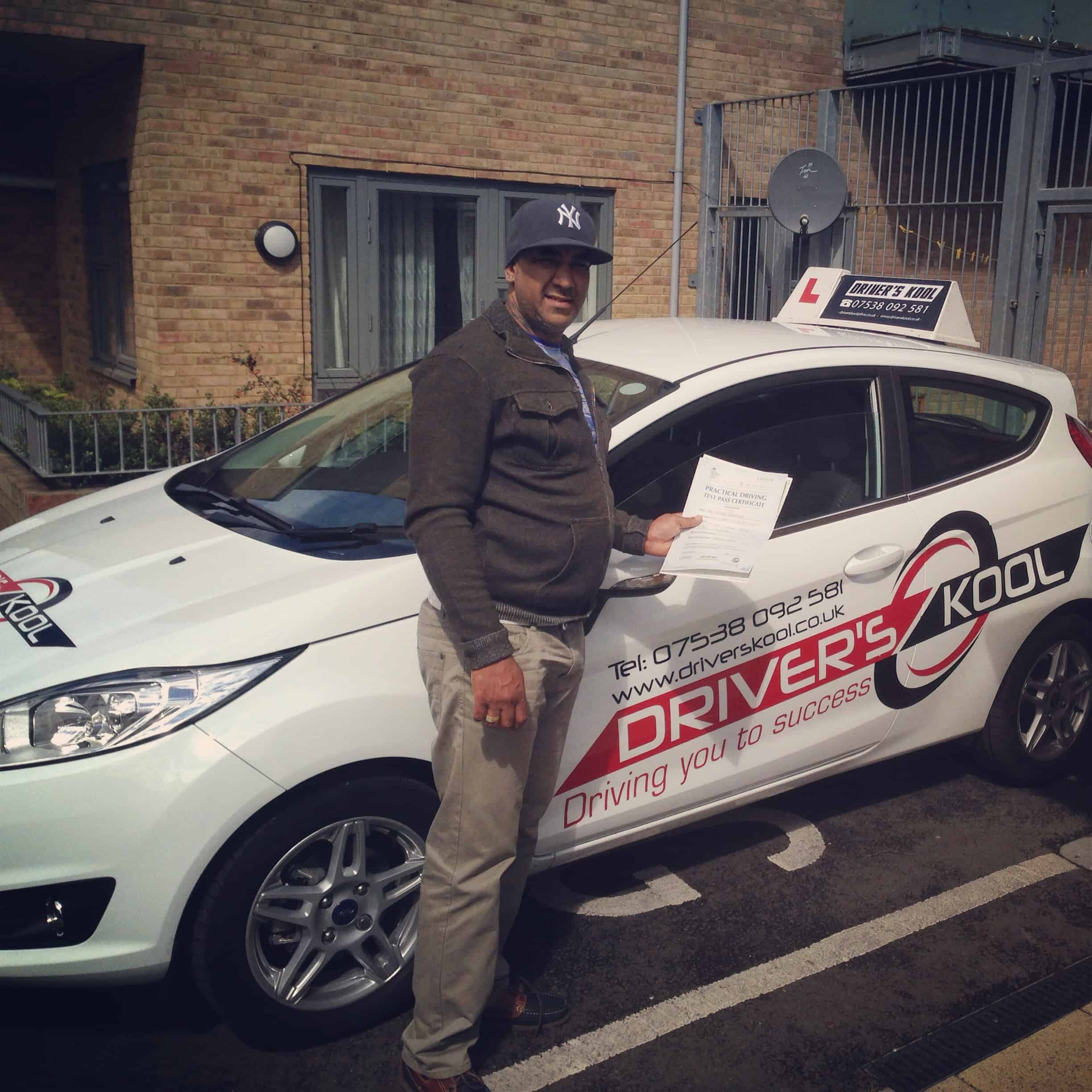 BEGINNER DRIVING LESSONS IN NORTH LONDON